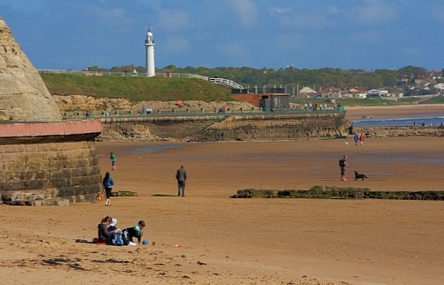 Roker Beach (thebeachguide.co.uk)