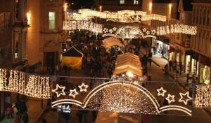 christmas-shopping-late