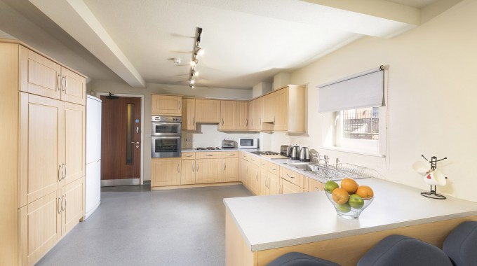 12 Carlisle Shared kitchen